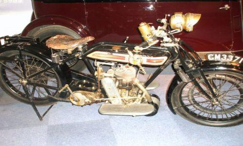 Zdjecie WIELKA BRYTANIA / West Midlands / Coventry / Czar starych samochodow i motocykli