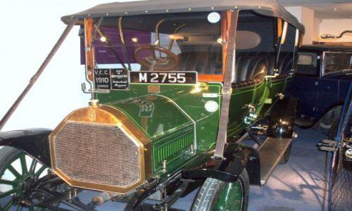 WIELKA BRYTANIA / West Midlands / Coventry / Czar starych samochodow i motocykli
