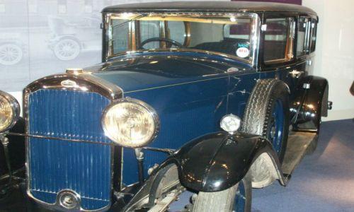 WIELKA BRYTANIA / West Midlands / Coventry / Czar starych samochodow