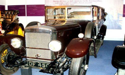 WIELKA BRYTANIA / West Midlands / Coventry -Muzeum Transportu / Czar starych samochodow