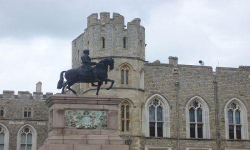 WIELKA BRYTANIA / 30 km od Londynu / Zamek krolewski Windsor / Windsor