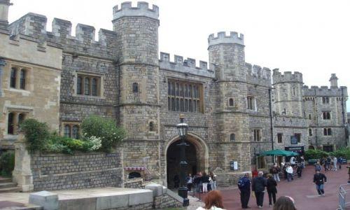 Zdjęcie WIELKA BRYTANIA / 30 km od Londynu / Zamek krolewski Windsor / Windsor Castle