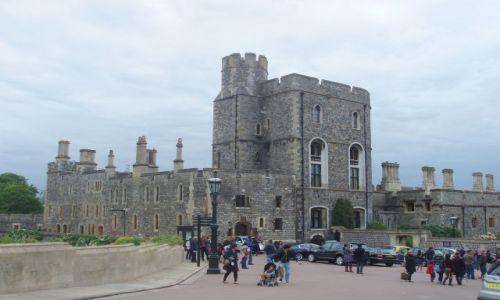 WIELKA BRYTANIA / 30 km od Londynu / Zamek krolewski w Windsorze / Windsor Castle