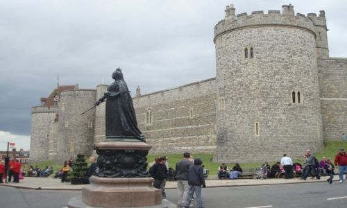 Zdjęcie WIELKA BRYTANIA / 30 km od Londynu / Zamek krolewski w Windsorze / Windsor Castle