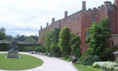 WIELKA BRYTANIA / Srodkowa Walia  / zamek Powis w poblizu miasta Welshpool / Powis Castle-Walia
