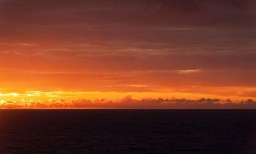 Zdjęcie WIELKA BRYTANIA / Morze Północne /    / płonące niebo