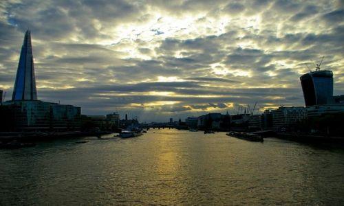Zdjecie WIELKA BRYTANIA / London / London / view from tower bridge