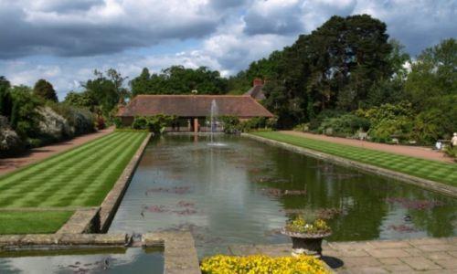 Zdjecie WIELKA BRYTANIA / południowa Anglia / Wisley /  w ogrodzie