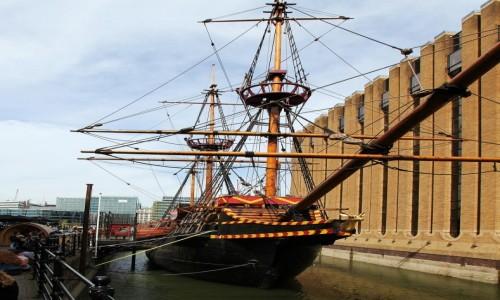 Zdjęcie WIELKA BRYTANIA / Londyn / Bankside, nad Tamizą / Galeon Golden Hinde II