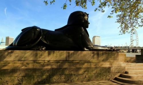 Zdjęcie WIELKA BRYTANIA / Londyn / Tamiza / Na straży