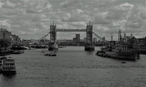 Zdjęcie WIELKA BRYTANIA / Londyn / Tamiza / Tower Bridge
