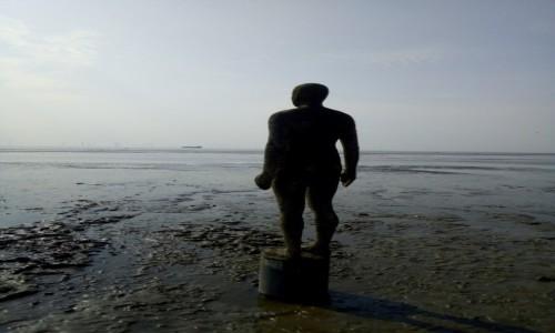 Zdjecie WIELKA BRYTANIA / Merseyside / Liverpool / Antony Gormley-rzeźba