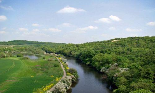 Zdjęcie WIELKA BRYTANIA / South Yorkshire / okolice Conisbrough / rzeka Don