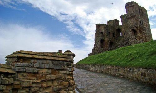 Zdjęcie WIELKA BRYTANIA / North  East   England / Scarborough / zamek w Scarborough