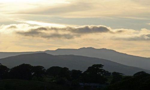 Zdjęcie WIELKA BRYTANIA / Lake District / okolice Ulverstone / w  drodze do Lake District
