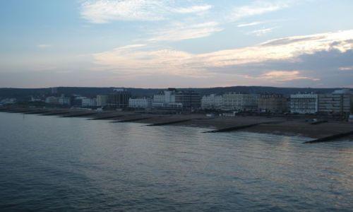 Zdjecie WIELKA BRYTANIA / Anglia / Eastbourne / Od  strony morza