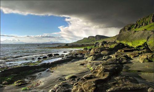 WIELKA BRYTANIA / Highlands / Isle of Skye, Szkocja / Staffin Bay