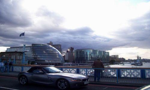 Zdjęcie WIELKA BRYTANIA / Anglia / Londyn / Tower Bridge