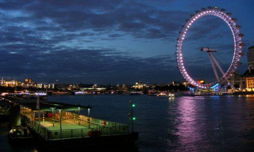 Zdjęcie WIELKA BRYTANIA / brak / Londyn / Wieczorem nad Tamizą