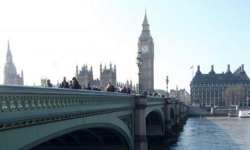 Zdjęcie WIELKA BRYTANIA / Londyn / Okolice Westminster / ... teraz rzucam okiem przez Tamizę ...