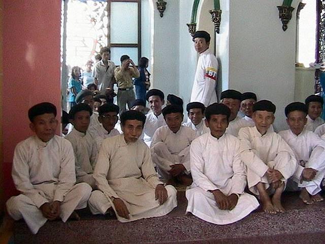 Zdjęcia: Tay Ninh, Poludniowy Wietnam, Wierni, WIETNAM