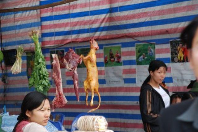 Zdjęcia: 50 km. od Hanoi, Pagoda Huong, Mniam, mniam, WIETNAM
