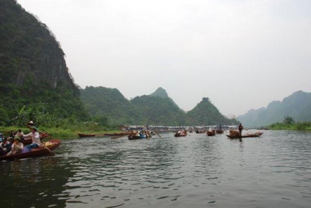 Zdj�cia: 50 km. od Hanoi, Huong Pagoda, Na szlaku, WIETNAM