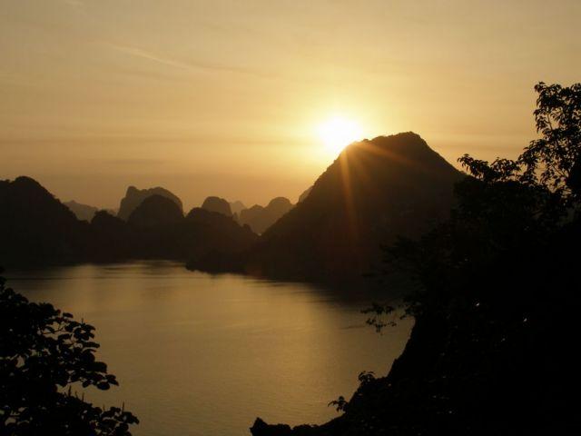 Zdjęcia: Zatoka Ha Long, HALONG, WIETNAM