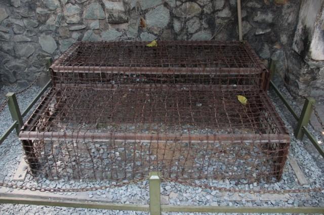 Zdjęcia: Muzeum Wojny Sajgon, Sajgon, Tiger Cages, WIETNAM