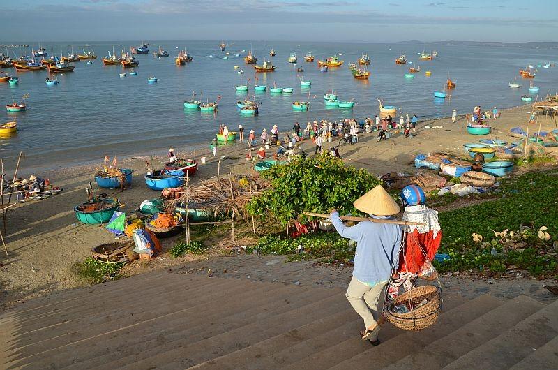 Zdjęcia: wioska rybacka w okolicy Mui ne, południe, o wschodzie..., WIETNAM