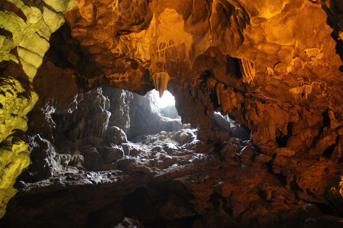 Zdjęcia: Ha Long Bay, Północny Wietnam, Jaskinia Niebiańskiego Pałacu, WIETNAM