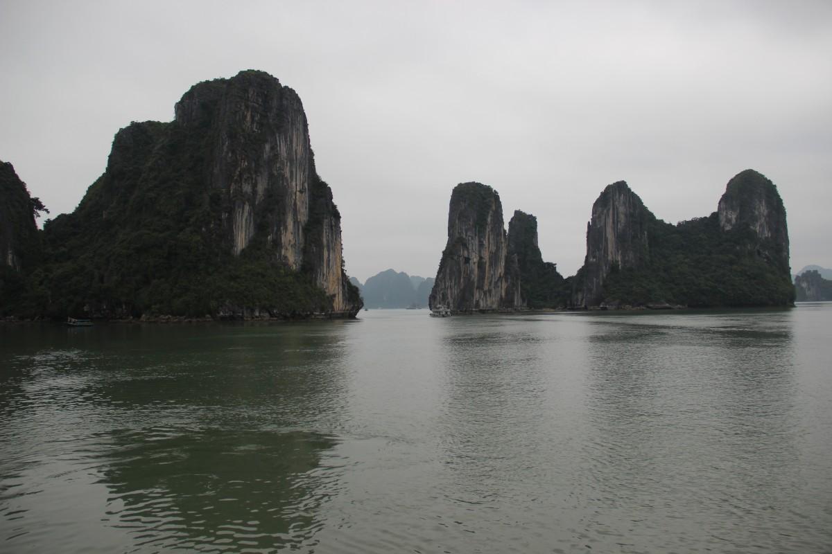 Zdjęcia: Ha Long Bay, Północny Wietnam, Skały na Ha Long Bay 2, WIETNAM