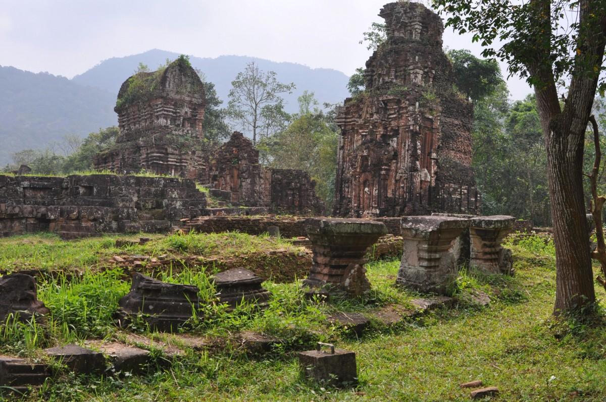 Zdjęcia: 40 km od Hoi An, środkowy Wietnam, Ruiny My Son, WIETNAM