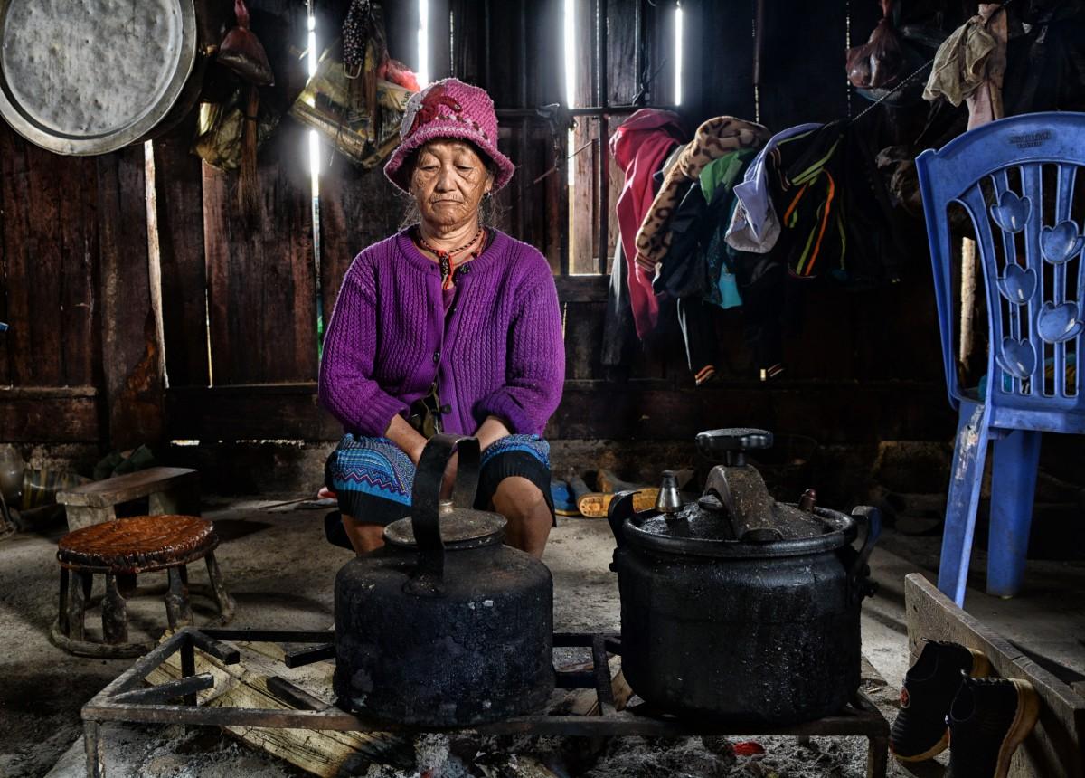 Zdjęcia: Mai Chau, Prowincja Hoà Bình, Medytacja nad garami ;), WIETNAM