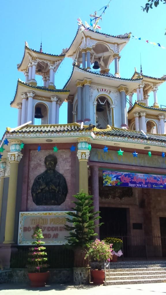 Zdjęcia: Vung Tau, Azja, wierzcie albo nie ale to kościół katolicki pod wezwaniem św. Pawła, WIETNAM