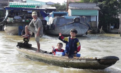 WIETNAM / delta mekongu / /./// / handel na mekongu