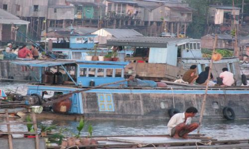 Zdjecie WIETNAM / - / Delta Mekongu / nocny market