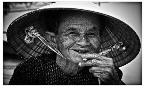 WIETNAM / -wietnam / ha noi / stara ale jara