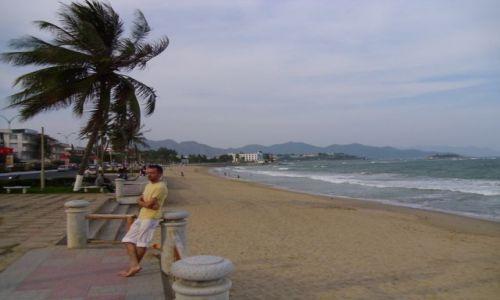 Zdjecie WIETNAM / Nha Trang / city beach / Nha Trang