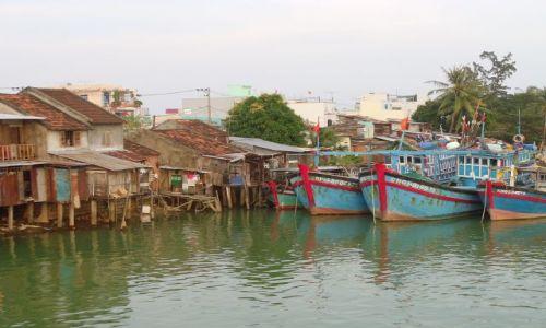 Zdjecie WIETNAM / Nha Trang / Nha Trang / dzielnica rybacka