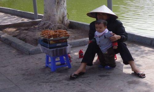 Zdjecie WIETNAM / Hanoi / Hanoi / Fast food made in Vietnam