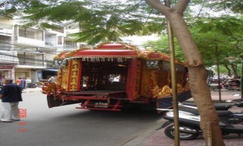 Zdjęcie WIETNAM / Ho Chi Minh City / brak / Pogrzeb karawan