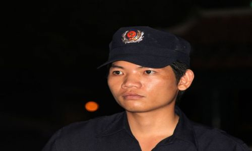 Zdjęcie WIETNAM / Ho Chi Minh / Dzielnica 1 / ochroniarz