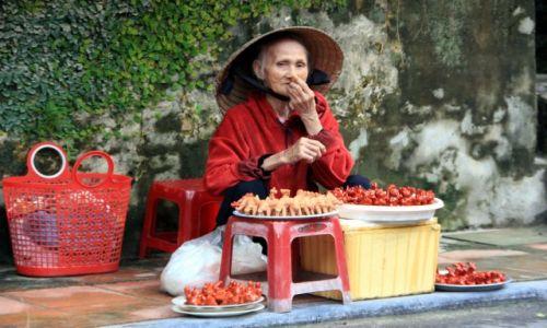Zdjecie WIETNAM / Quảng Nam / Hội An / Handlarka w Hội An
