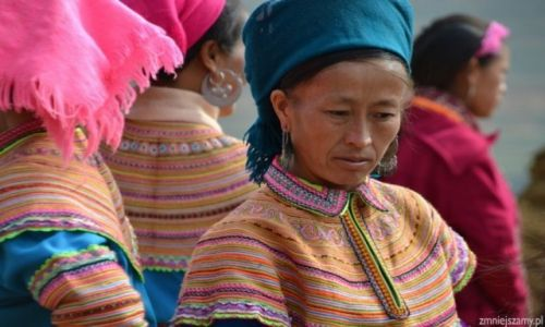 Zdjęcie WIETNAM / Bac Ha / Targ w Can Cau / Kobieta H:mongów