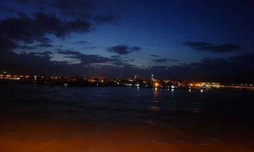 Zdjęcie WIETNAM / - / Nha Trang / noc