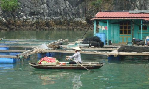 Zdjecie WIETNAM / Quang Ninh / północny Wietnam / Zatoka Ha Long / Transport nawodny