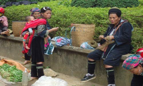 Zdjecie WIETNAM / Lao Cai / Sa Pa / Kobiety Hmong (4)