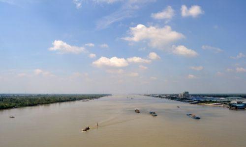 Zdjecie WIETNAM / delta Mekongu / MY tho / droga zycia