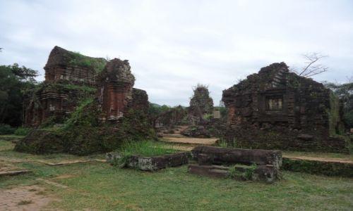 Zdjęcie WIETNAM / Prowincja Quang Nam / środkowy Wietnam / My Son / Architektura Czamów (4)
